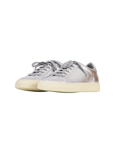 COMMON PROJECTS Women's 38390509 Silver Leather Sneakers