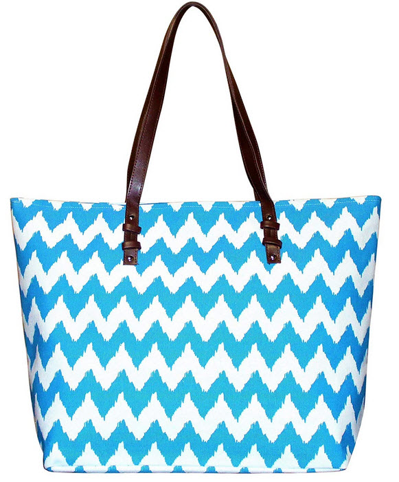 Pier 17 Beach Tote for Women Made From Durable Canvas Blue Chevron