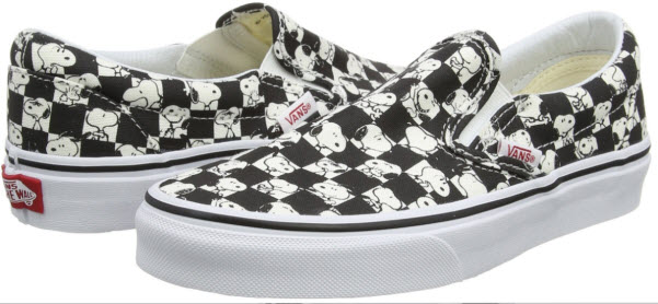 Vans Unisex Adults' Peanuts Classic Slip-On Trainers snoopy.
